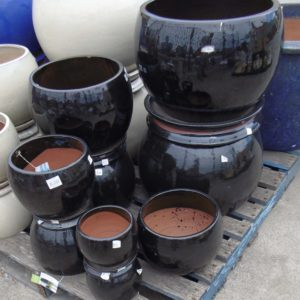 #3 - Caton Moon Pots (black)