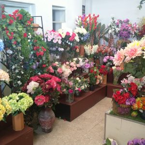 Massive Range of Artificial Flowers