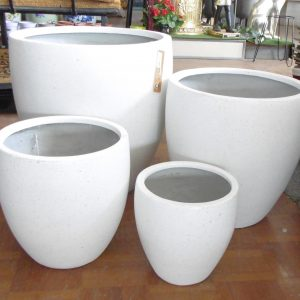 Montague Egg Lightweight Fibreglass Pots