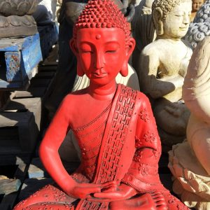 large thai buddha with Ushnisha red